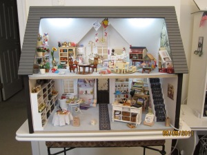 Dollhouse Store 1