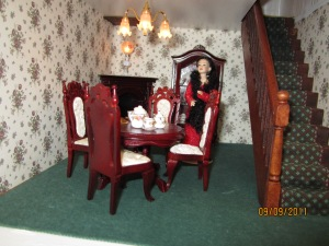 Ms Scarlet in Dining room